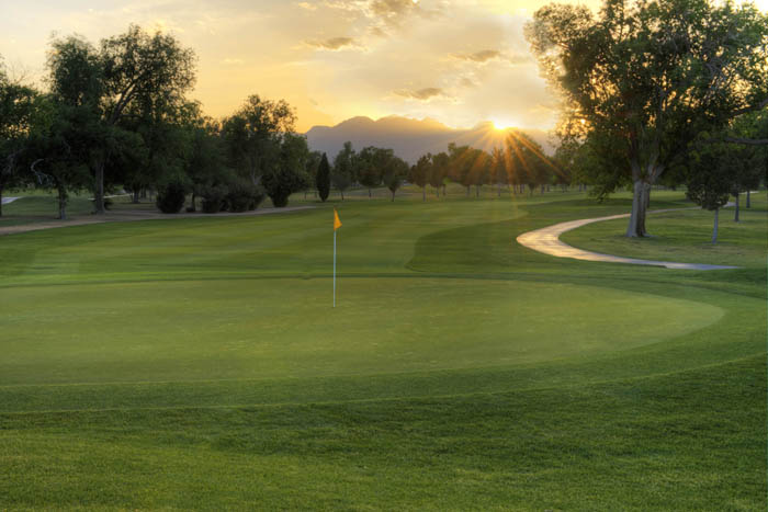 Las Vegas Golf Club in Las Vegas, Nevada - book on-line at www.lasvegasgc.com for the BEST RATES GUARANTEED!