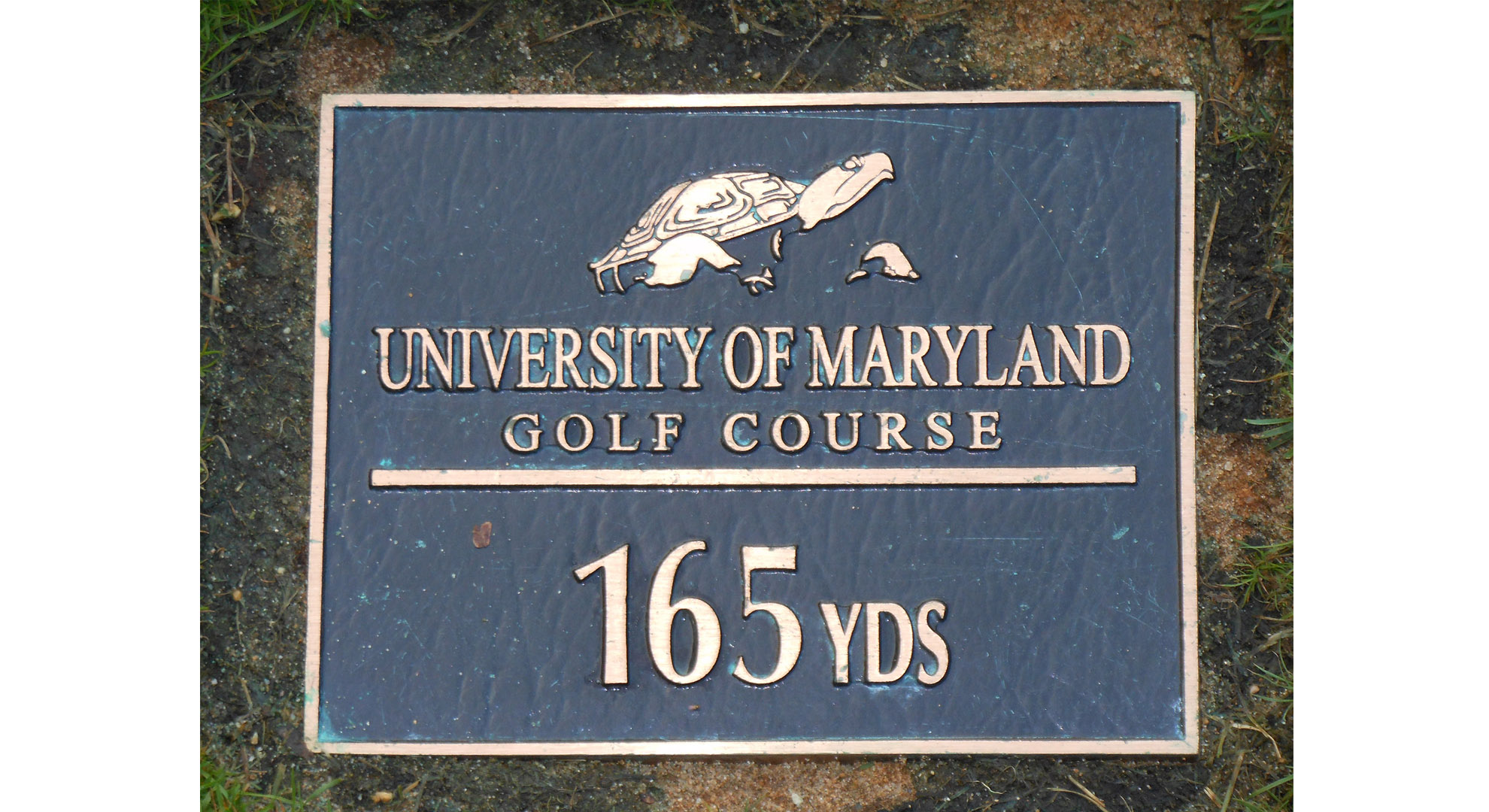Yardage Plaques on Par 3s