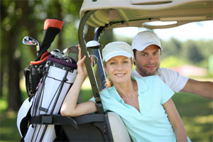 Photo Couple in Golf Cart